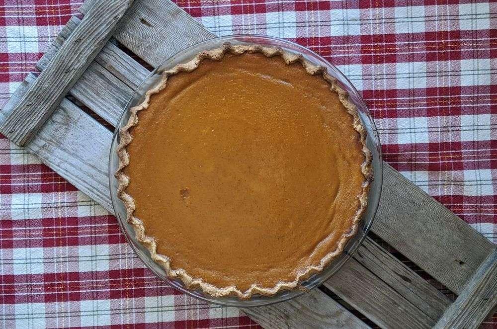 Naturally Gluten Free Oat Crust Pumpkin Pie