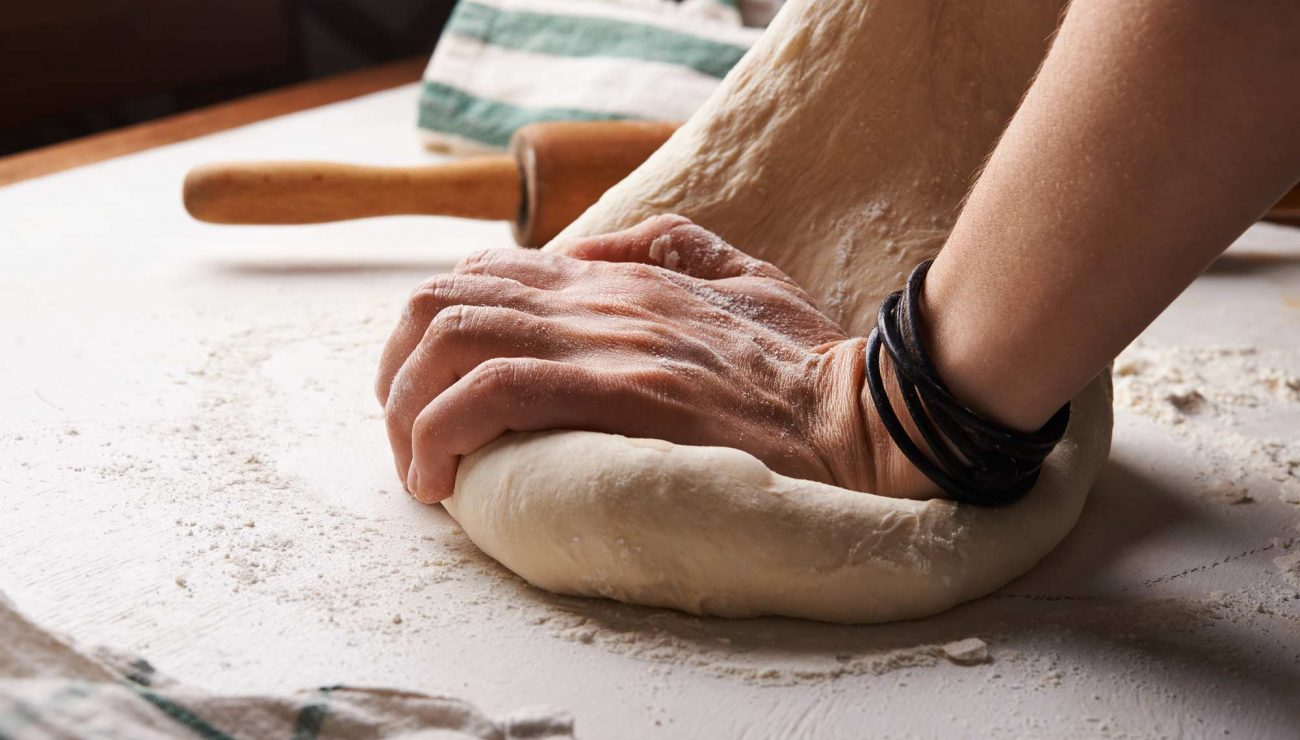 kneading-photo